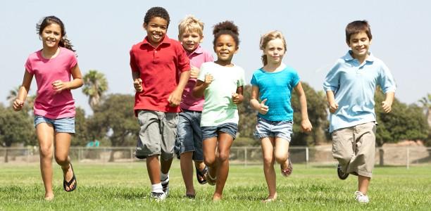 group-of-kids-running-612x300